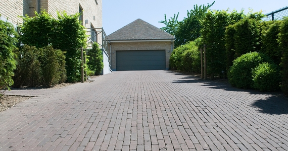 Water-permeable paving